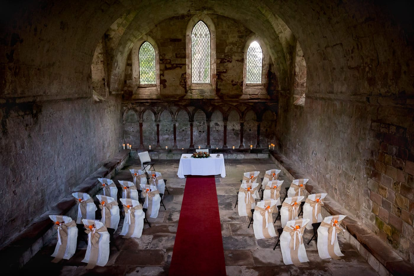 The Dryburgh Abbey's chapter house hosted the wedding ceremony