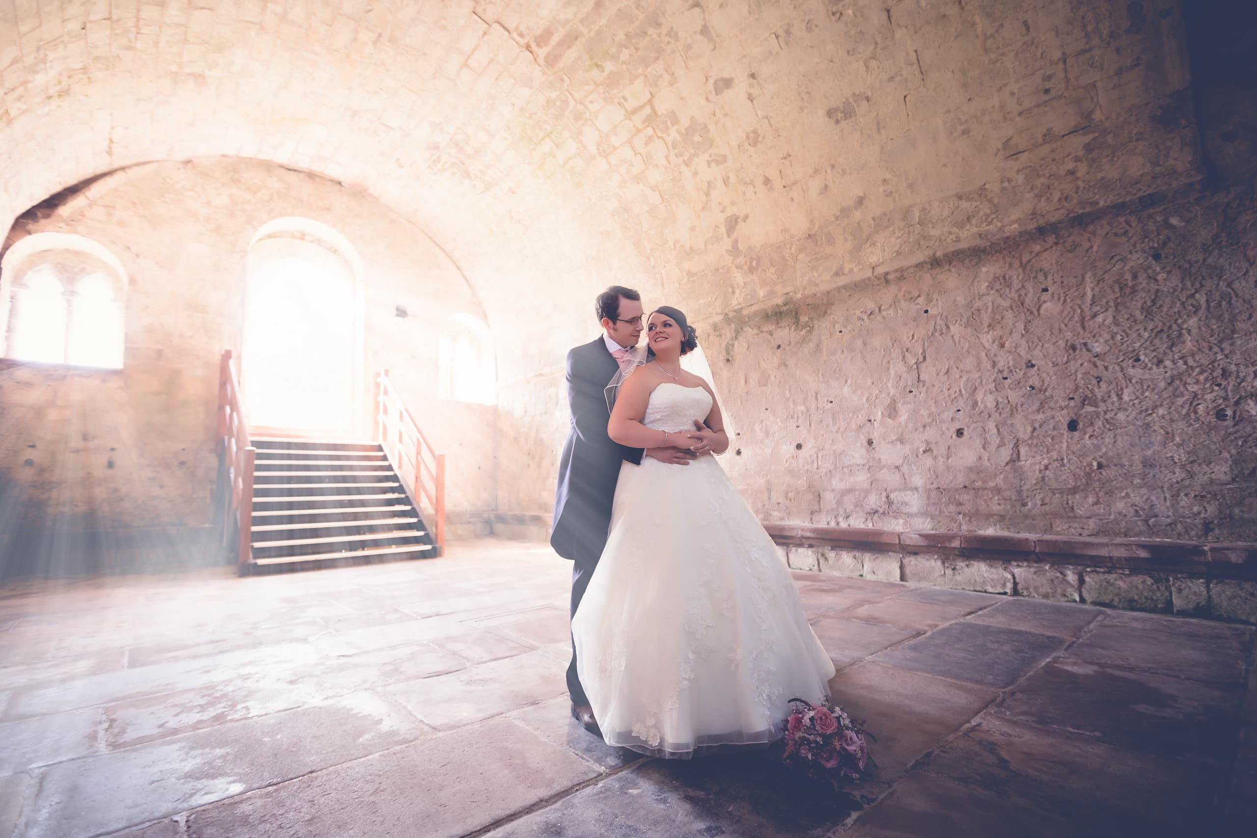 Bride and groom in the Dryburgh Abbey chapter house