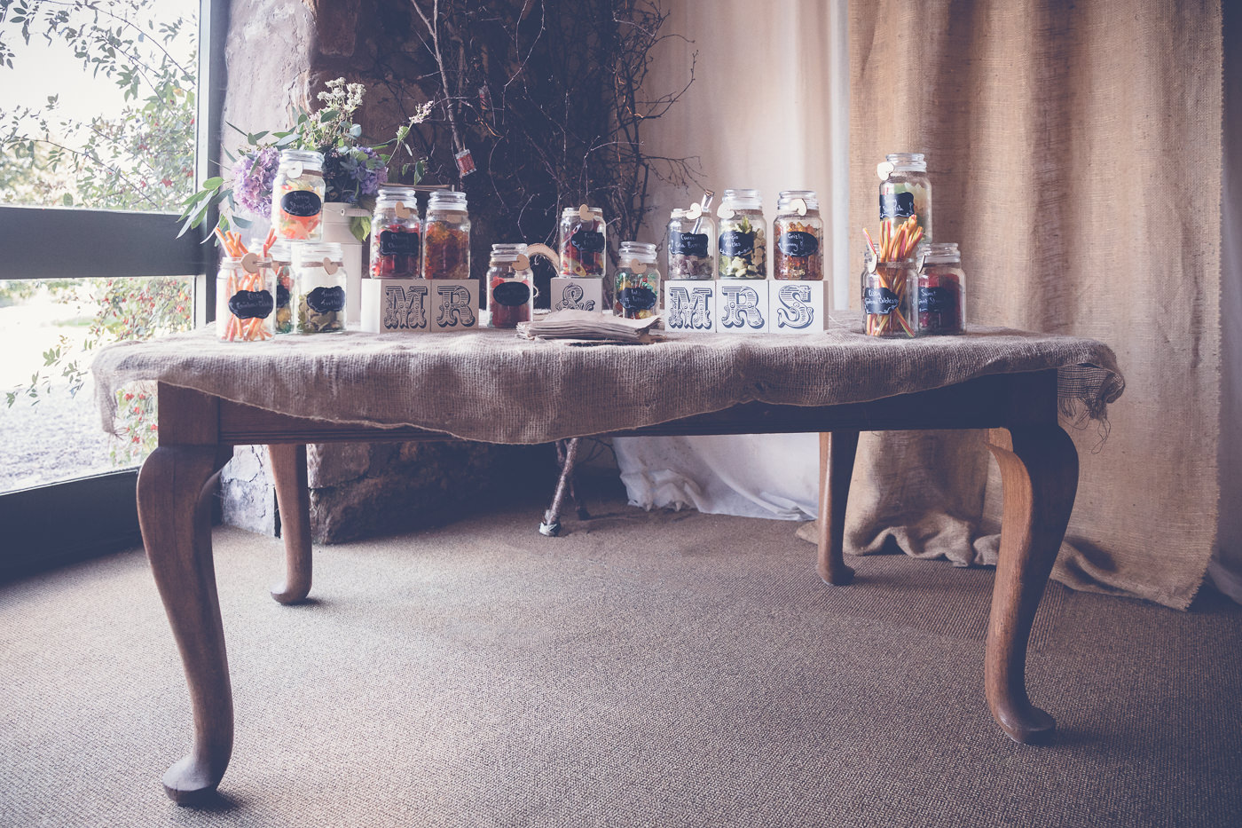 The candy bar of a wedding at the Pratis Farm